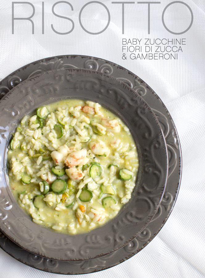 Risotto con zucchine, fiori di zucca e gamberoni