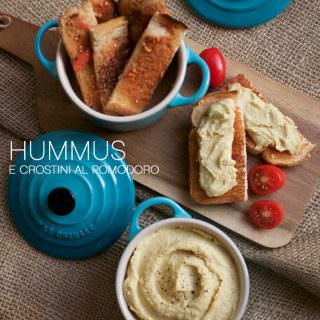Hummus_e_crostini_al_pomodoro