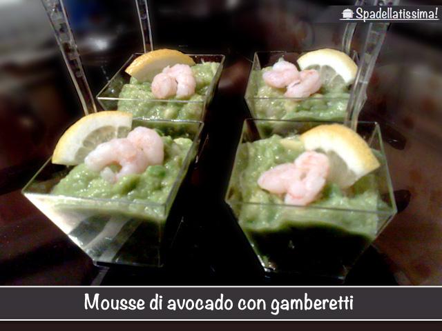 Mousse di avocado con gamberetti