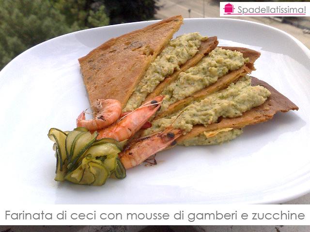 Farinata di ceci con mousse di gamberi e zucchine