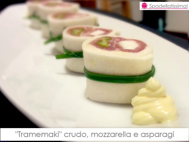 """Tramemaki"" crudo, mozzarella e asparagi"