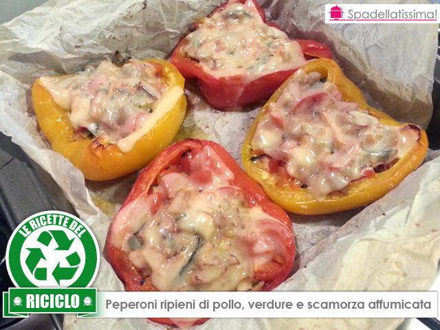 LE RICETTE DEL RICICLO – Peperoni ripieni di pollo, verdure e scamorza affumicata