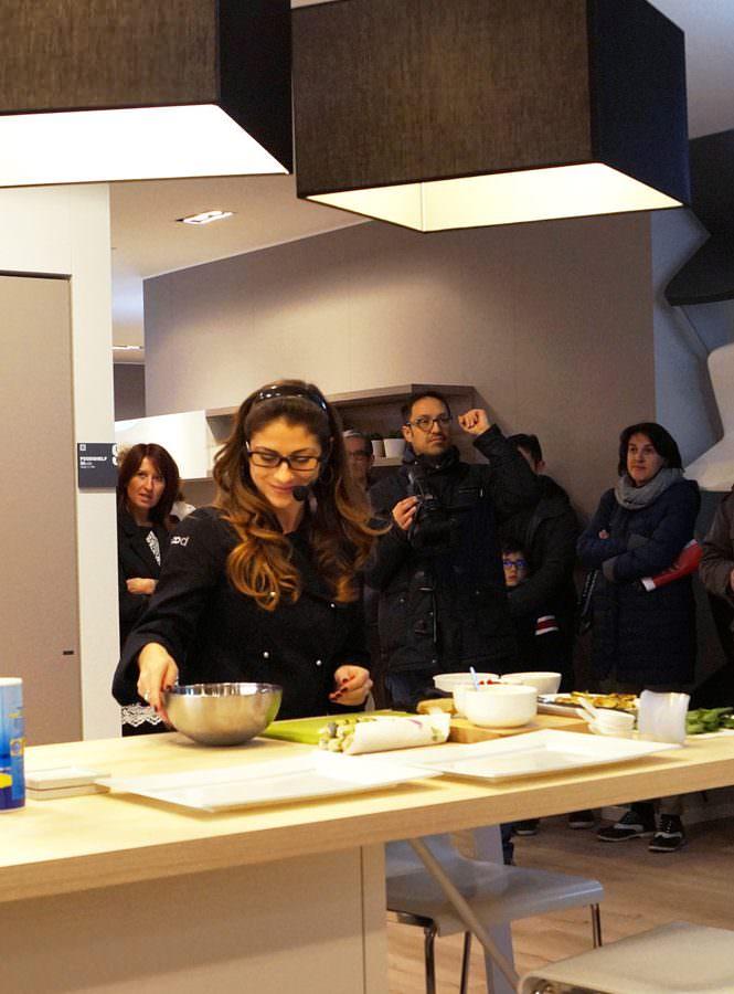 Maki di zucchine e tonno per l'inaugurazione dello Scavolini Store di Casalmaggiore