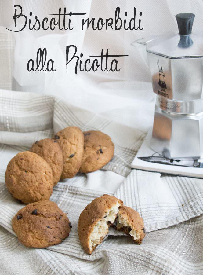Biscotti morbidi alla ricotta con pistacchi e cioccolato