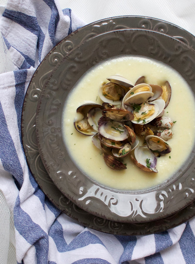 Soutè di vongole con crema di patate al latte di cocco