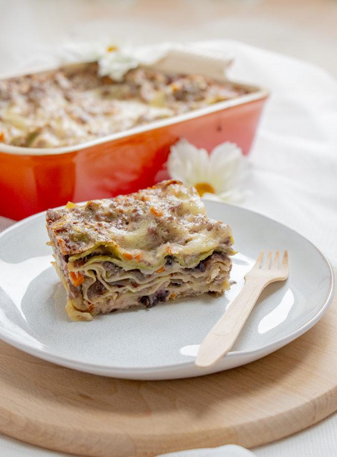 Lasagne con ragù bianco misto e radicchio