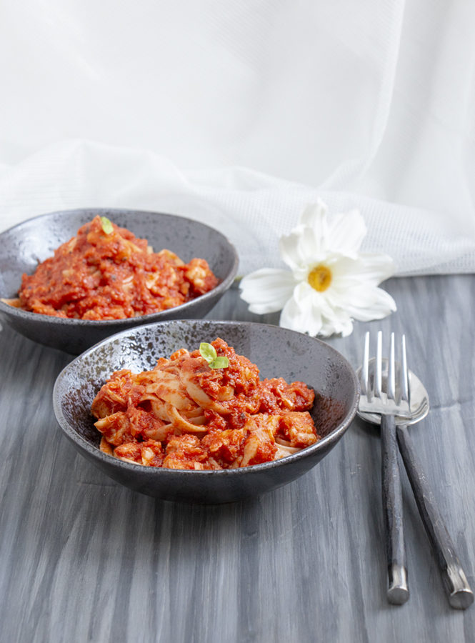 Linguine_sugo_rana_pescatrice
