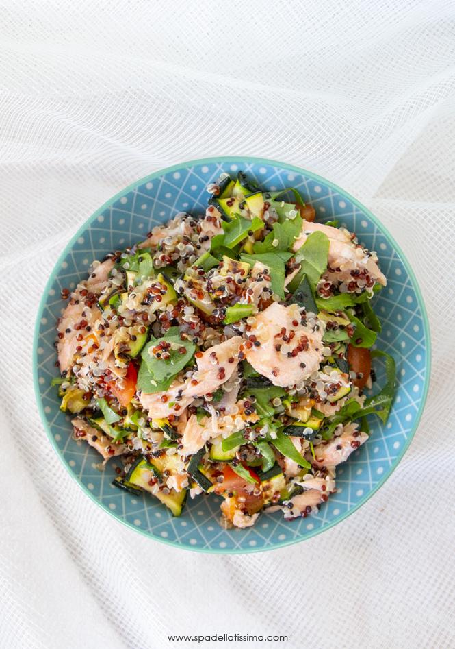 Ricette Quinoa Dietetiche.Insalata Di Quinoa E Salmone Super Light Spadellatissima